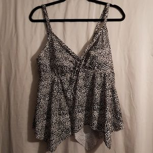 Other - 💕2 FOR $15💕 Black and White Animal Print Tankini
